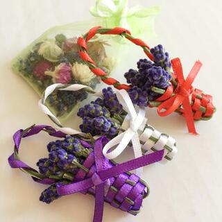 ラベンダーの花かご3個(紫2個白1個)とポプリのセット(ドライフラワー)
