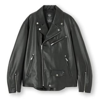 GU - 新品!GU❌UNDERCOVER ライダースジャケット Lサイズ