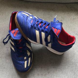 アディダス(adidas)の美品 アディダス プレデター サッカー トレーニング シューズ(シューズ)