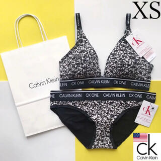 カルバンクライン(Calvin Klein)のレア 新品 Calvin Klein USA パット付ブラショーツセット XS(ブラ&ショーツセット)