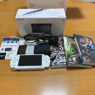 プレイステーションポータブル(PlayStation Portable)のSONY PSP-2000  ソフトセット(携帯用ゲーム機本体)