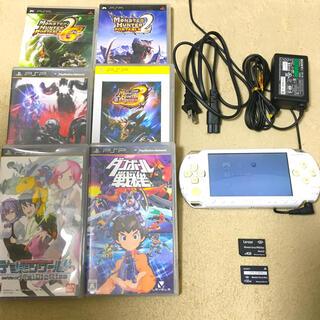 プレイステーションポータブル(PlayStation Portable)のPlayStation Portable本体とソフト(携帯用ゲーム機本体)