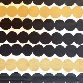 マリメッコ(marimekko)のmarimekko マリメッコ  ラシィマット生地 ブラックゴールド 73×62(生地/糸)