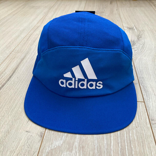 アディダス(adidas)の54-57cm アディダス ジュニア フットボールキャップ(新品送料込)(帽子)