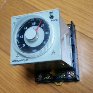 オムロン ソリッドステートタイマー H3CR-A8 と ソケットセット その①