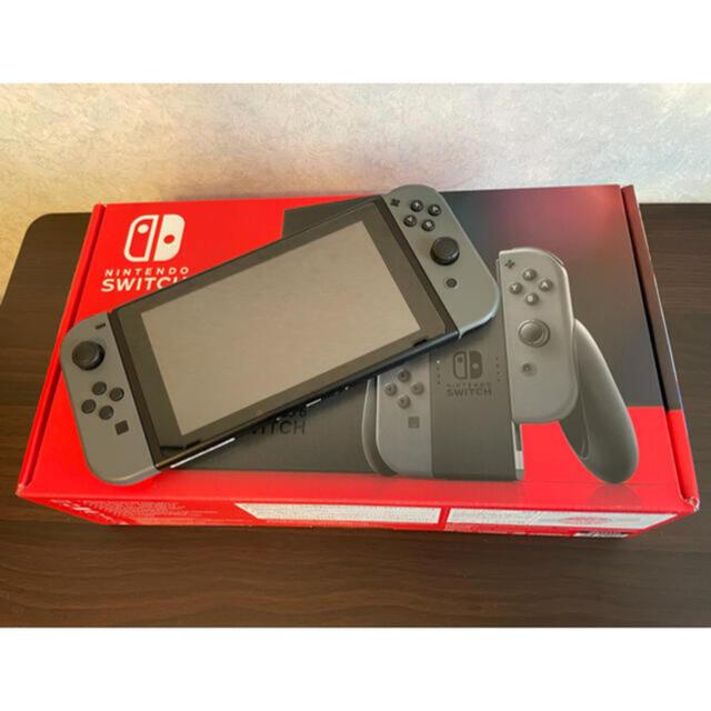 Nintendo Switch(ニンテンドースイッチ)のNintendo Switch ニンテンドースイッチ 本体 グレー 3年保証付 エンタメ/ホビーのゲームソフト/ゲーム機本体(家庭用ゲーム機本体)の商品写真