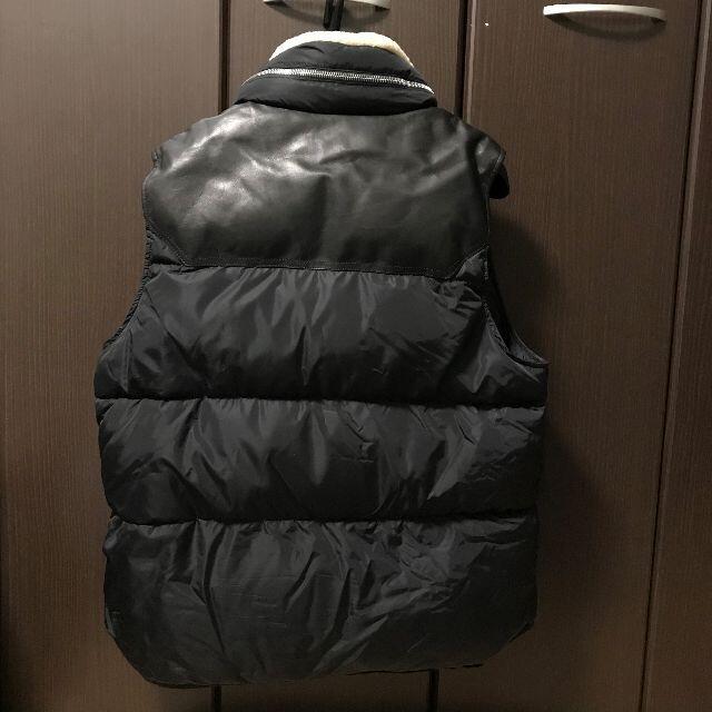 MONCLER(モンクレール)の美品 MONCLER モンクレール ダウン ベスト ムートン メンズのジャケット/アウター(ダウンジャケット)の商品写真