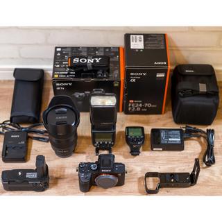 超極美品 SONY α7III GM レンズ ミラーレス カメラ ソニー (ミラーレス一眼)