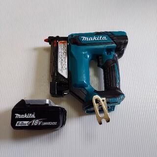 makita 充電式ピンタッカ18V PT353D 美品 中古(工具)