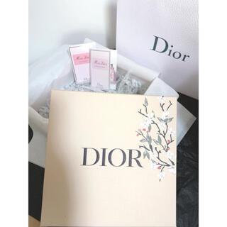 ディオール(Dior)のDior ディオール ギフト ボックス 香水サンプル(ショップ袋)