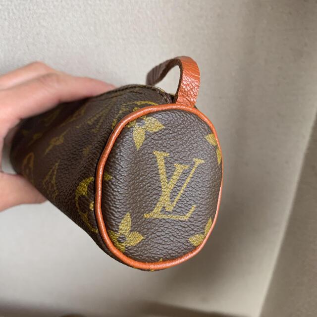 LOUIS VUITTON(ルイヴィトン)のルイヴィトンパピヨンモノグラム ポーチ レディースのファッション小物(ポーチ)の商品写真