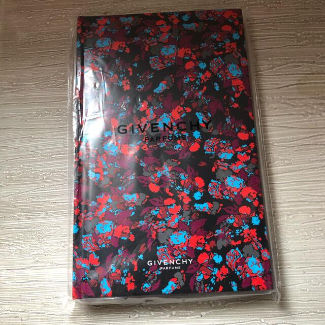 GIVENCHY(ジバンシィ)の☆GIVENCHY  ノート☆ インテリア/住まい/日用品の文房具(ノート/メモ帳/ふせん)の商品写真