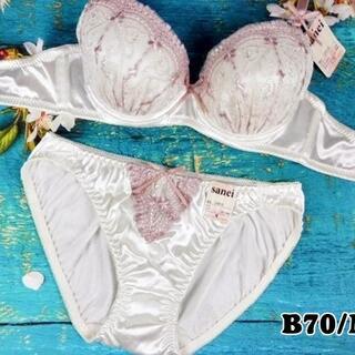 SE81★B70 M★美胸ブラ ショーツ 谷間メイク サテン 刺繍 アイボリー(ブラ&ショーツセット)
