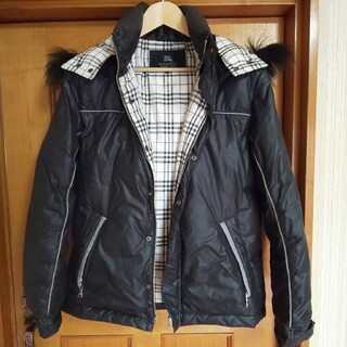 BURBERRY BLACK LABEL - BURBERRY BLACK LABEL ダウンジャケット 黒 ファー付 L