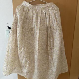 テチチ(Techichi)のテチチリバティー柄スカート今季商品(ロングスカート)