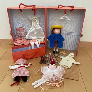 ファミリア(familiar)のマドレーヌ 着せ替え人形セット(ぬいぐるみ/人形)