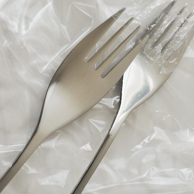 Jenggala(ジェンガラ)のジェンガラ風パスタ皿とボール 2セット フォーク付き ペアセット 白 インテリア/住まい/日用品のキッチン/食器(食器)の商品写真