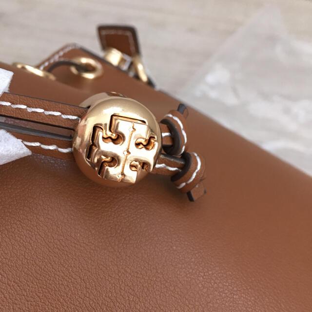 Tory Burch(トリーバーチ)のトリーバーチ 新品 Tモノグラム レザー バケットバッグ レディースのバッグ(ショルダーバッグ)の商品写真