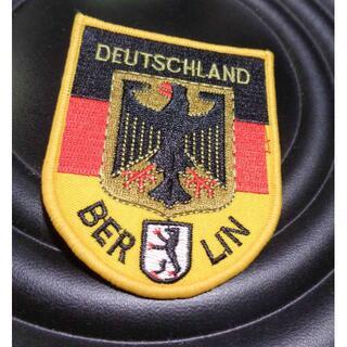 黒赤黄(定型)■新品 ドイツ軍 ベルリンBERLIN 黒鳥マッスル 刺繍ワッペン(その他)