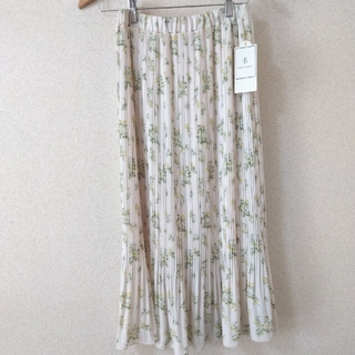 Rope' Picnic - 【新品タグ付き】ロペピクニック花柄ロングスカート