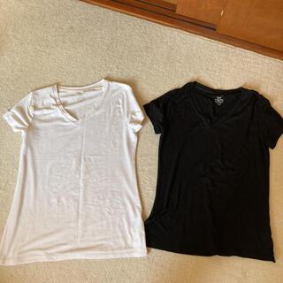 ジーユー(GU)のVネックtシャツ 2枚(Tシャツ(半袖/袖なし))