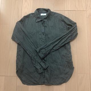 ユニクロ(UNIQLO)のユニクロ レディース長袖シャツ Mサイズ(シャツ/ブラウス(長袖/七分))