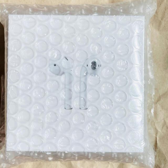 Apple(アップル)の新品・未開封 Apple Airpods 第2世代 スマホ/家電/カメラのオーディオ機器(ヘッドフォン/イヤフォン)の商品写真
