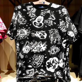 ディズニー(Disney)のディズニーキャラクターTシャツ/黒L(Tシャツ(半袖/袖なし))