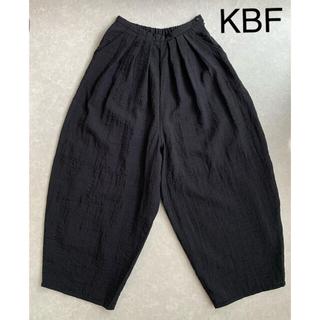 KBF - KBF バルーンパンツ 黒