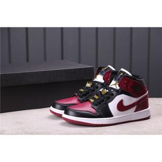 Nike Air Jordan 1 Mid SE ジョーダン(スニーカー)