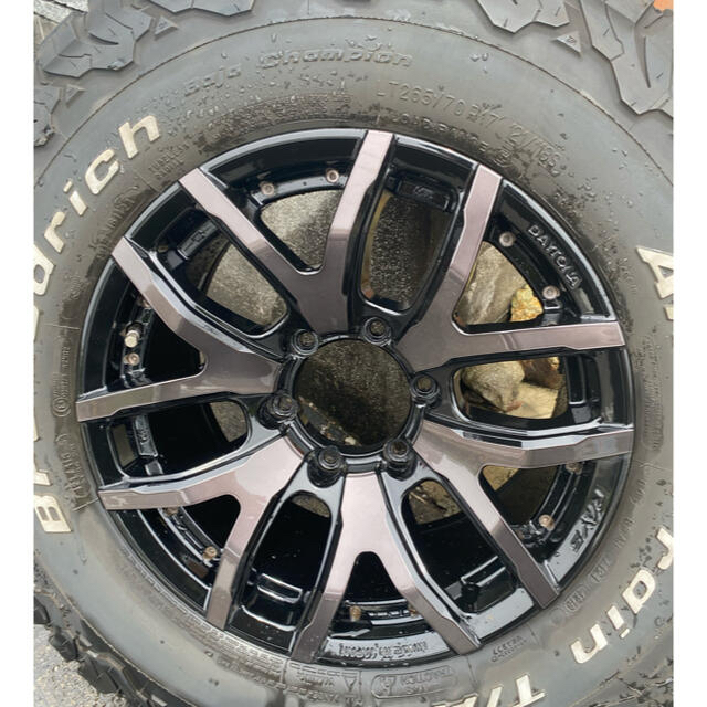 プラド150RaysホイールBFAT4本セットロツクナット付き 自動車/バイクの自動車(タイヤ・ホイールセット)の商品写真