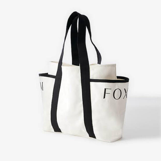 フォクシー(FOXEY)の5/11まで FOXEY 店舗限定 希少ノベルティ キャンバストート(トートバッグ)