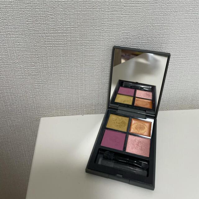 THREE(スリー)のTHREE ディメンショナルビジョンアイパレット11 コスメ/美容のベースメイク/化粧品(アイシャドウ)の商品写真