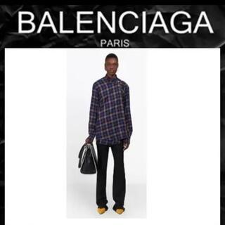 バレンシアガ(Balenciaga)のBalenciagaバレンシアガ プルドシャツ(シャツ/ブラウス(長袖/七分))