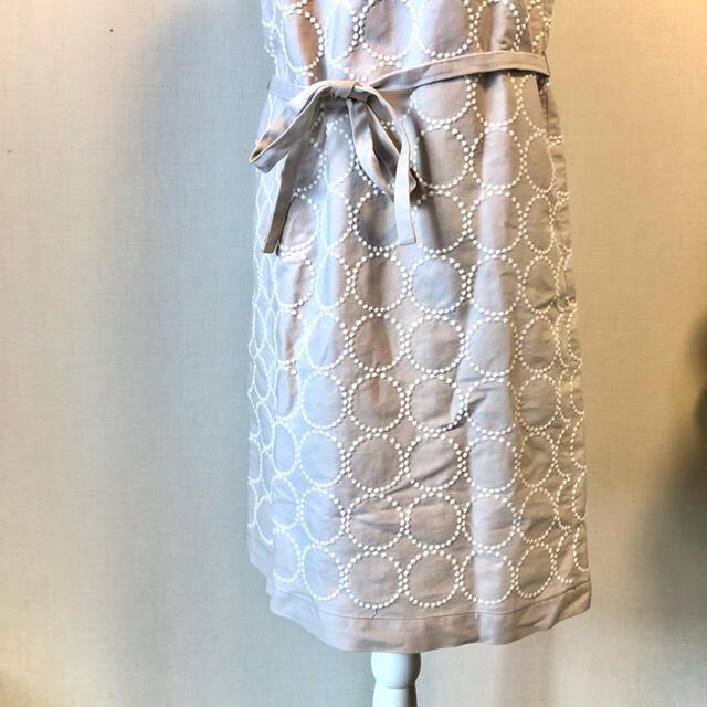 mina perhonen(ミナペルホネン)のミナ ペルホネン タンバリン 刺繍 フレンチスリーブ ワンピース レディースのワンピース(ひざ丈ワンピース)の商品写真