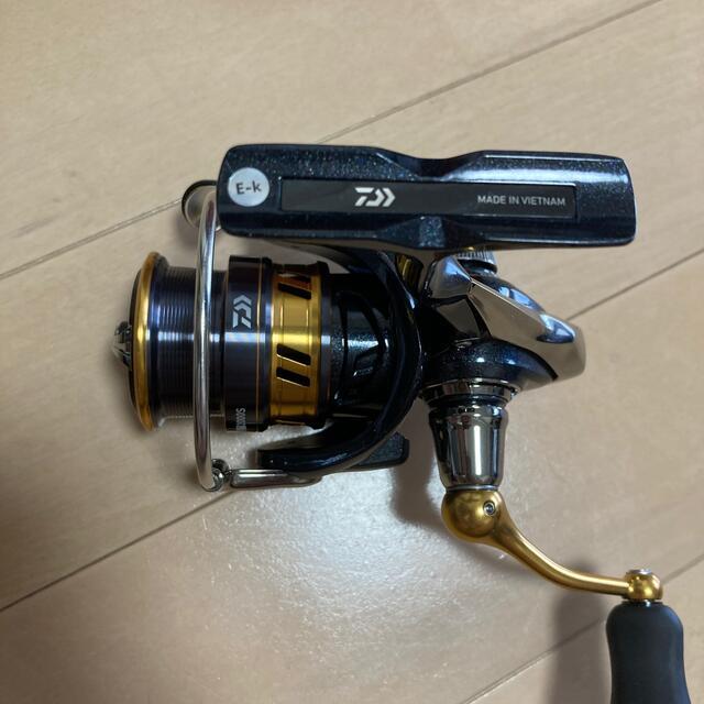 DAIWA(ダイワ)のダイワ レガリスlt2000s スポーツ/アウトドアのフィッシング(リール)の商品写真