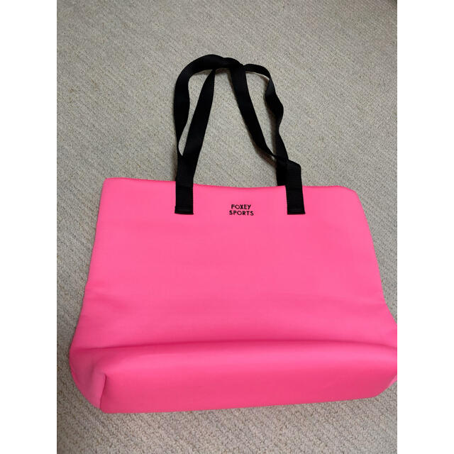 FOXEY(フォクシー)のフォクシー ノベルティ バッグ ピンク 非売品 レディースのバッグ(ショルダーバッグ)の商品写真