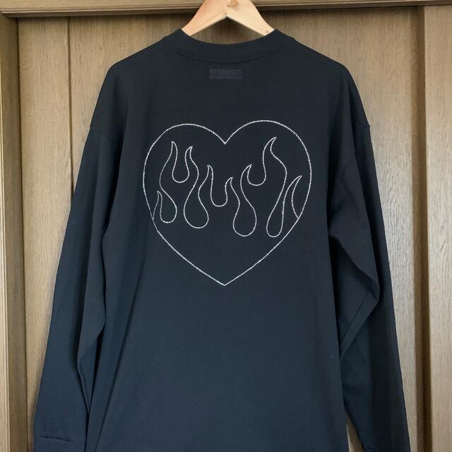vetements クリスタルロゴT メンズのトップス(Tシャツ/カットソー(七分/長袖))の商品写真
