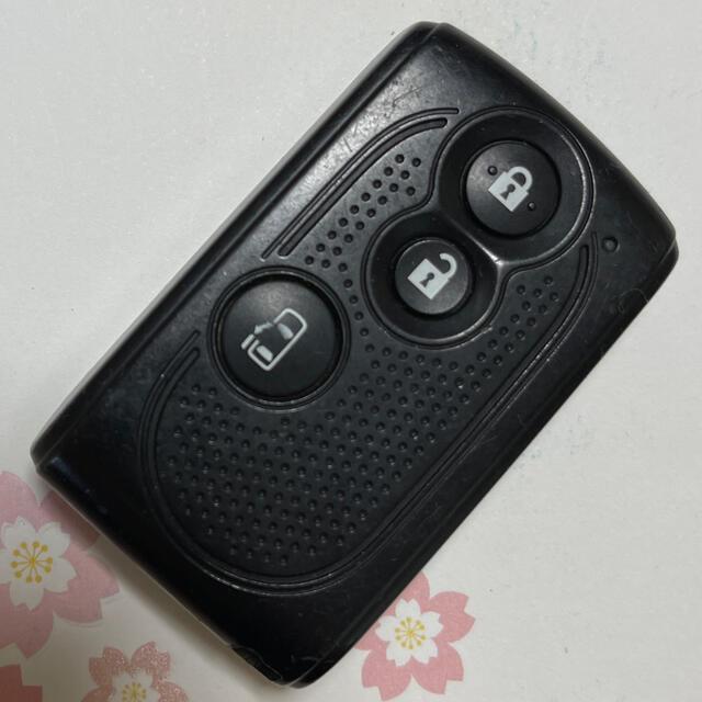 ダイハツ(ダイハツ)のダイハツ DAIHATSU スマートキー 3ボタン 片側パワースライド パワスラ 自動車/バイクの自動車(車内アクセサリ)の商品写真
