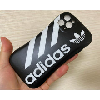 アディダス(adidas)の★新品未使用 iPhone 11pro 用ケース adidas ブラック★(iPhoneケース)