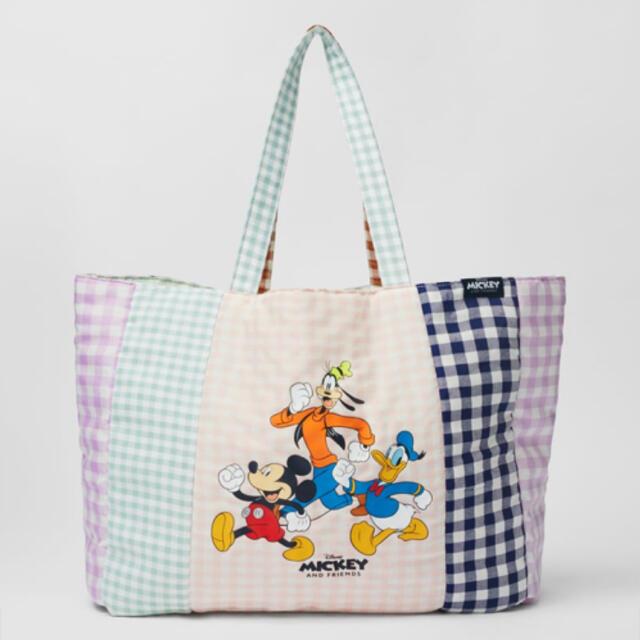 ZARA(ザラ)のZARA ディズニー ギンガムチェックトートバッグ ミッキーフレンズ レディースのバッグ(トートバッグ)の商品写真