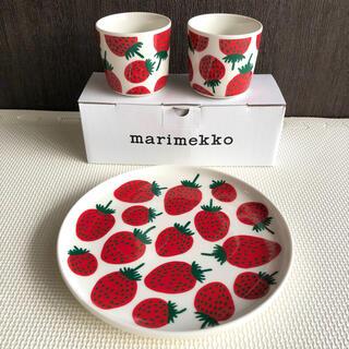 マリメッコ(marimekko)の【新品未使用】マリメッコ マンシッカ ラテマグ プレート 3点セット(食器)