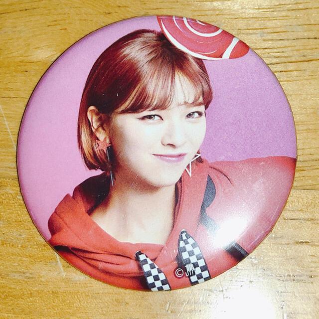 Candy pop ジョンヨン 缶バッジ エンタメ/ホビーのタレントグッズ(アイドルグッズ)の商品写真