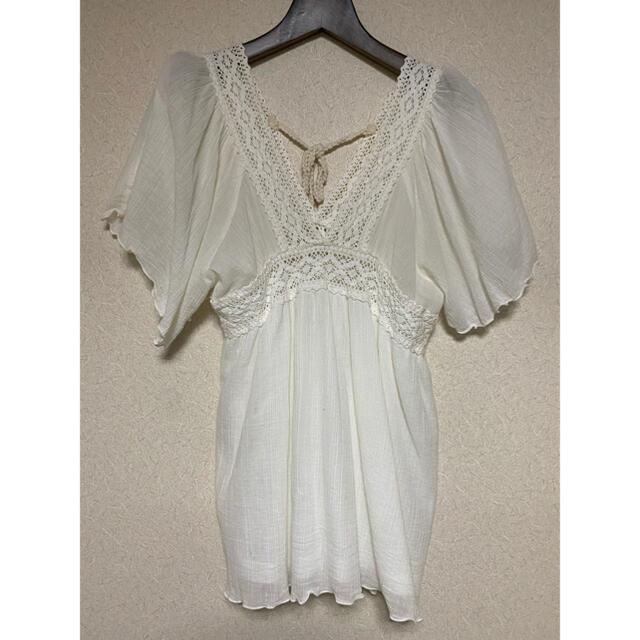 ZARA(ザラ)の白 トップス Mサイズ レディースのトップス(カットソー(半袖/袖なし))の商品写真