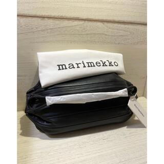 マリメッコ(marimekko)の⭐️ 新品未使用 マリメッコ KARLA ショルダーレザー バッグ ブラック(ショルダーバッグ)