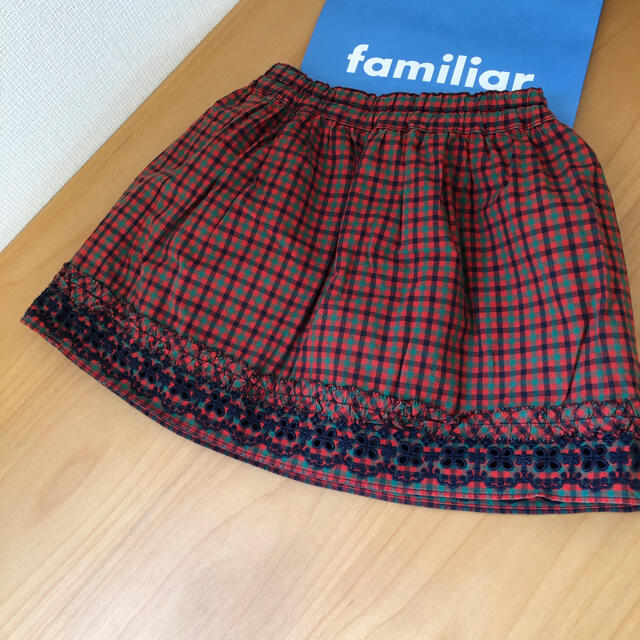 familiar(ファミリア)のファミリア⭐︎スカート 90 キッズ/ベビー/マタニティのキッズ服女の子用(90cm~)(スカート)の商品写真