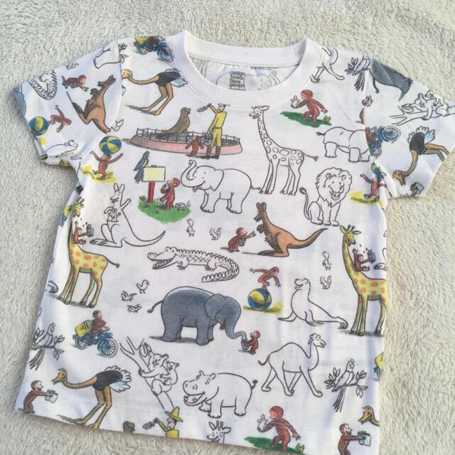 Design Tshirts Store graniph(グラニフ)のグラニフ おさるのジョージTシャツ こどもビームス ミキハウス ファミリア キッズ/ベビー/マタニティのキッズ服男の子用(90cm~)(Tシャツ/カットソー)の商品写真
