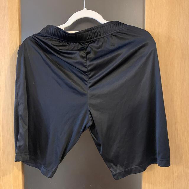 GU(ジーユー)のGU メンズショートパンツ 黒 M メンズのパンツ(ショートパンツ)の商品写真