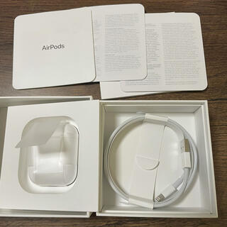 Apple - 美品 付属品完備 AirPods with Charging Case 第2世代