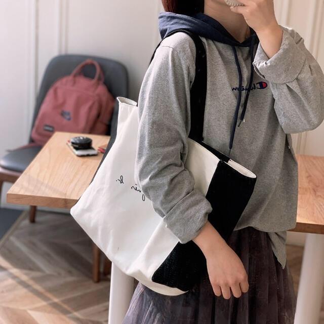 agnes b.(アニエスベー)のアニエスベー トートバッグ 黒白 リバーシブル Lサイズ  新品 ボヤージュ レディースのバッグ(トートバッグ)の商品写真